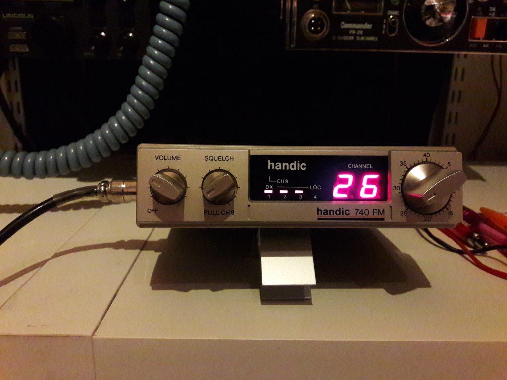 Handic 740 FM, 3.5W, 40 kanaler Demo ex Kom aldrig på svenska marknaden